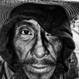 Daniel Gomez - Street Portrait    189