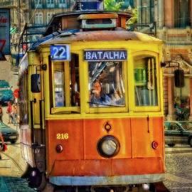 Mary Machare - Streetcar 22 - Porto