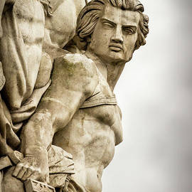 Strong Warrior of Victory at Arc de Triomphe, Paris