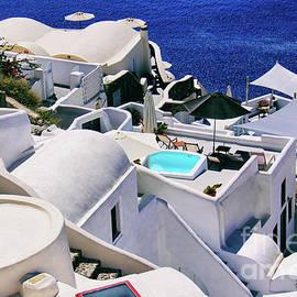 Mariola Bitner - Summertime in Santorini