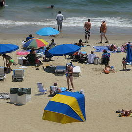 Sunbathers at Virginia Beach Full Scene by Richard Singleton