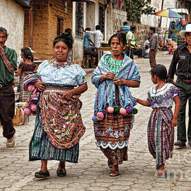 Sunday morning in Guatemala by Tatiana Travelways