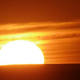 Sundown in the Dakotas by Jeff Swan