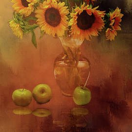 Theresa Campbell - Sunflower Reflections