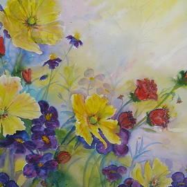 Sunlit Floral by Laurie Salmela