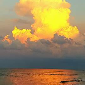 Jenn Teel - Sunny cloud
