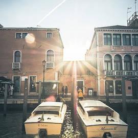 Marina Usmanskaya - Sunrise in Venice