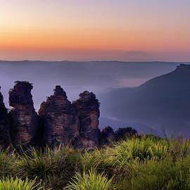 Petar Belobrajdic - Sunrise Jamison valley