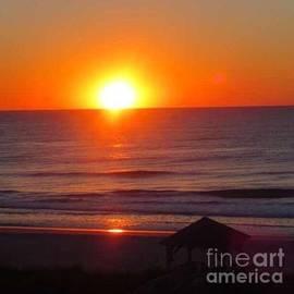 Sunrise in North Carolina by Lavender Liu