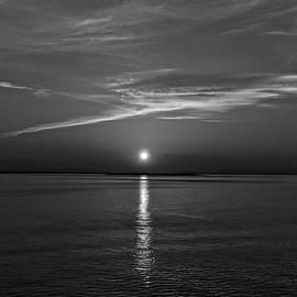 George Martinez - Sunrise On New York Bay - B / W