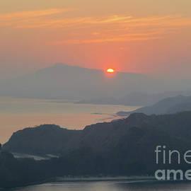 Werner Padarin - Sunrise over Cristo Rei