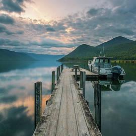 Racheal Christian - Sunrise Over Lake Rotoroa