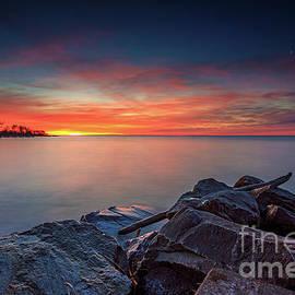 Andrew Slater - Sunrise over Rocks