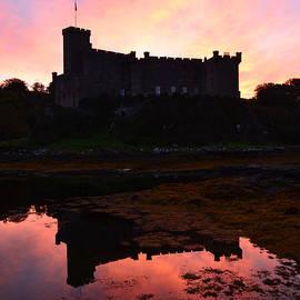 DejaVu Designs - Sunrise Silhouetting Dunvegan Castle S