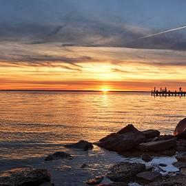 Bob Cuthbert - Sunset Along The Bay