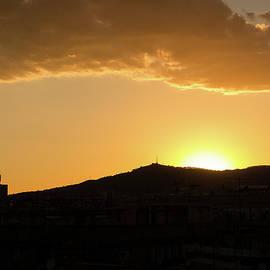 Victor Vega - Sunset at Barcelona