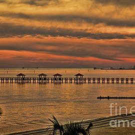 Steven Parker - Sunset At Gulfport