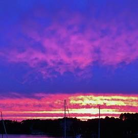 Cynthia Guinn - Sunset At Lake Norman