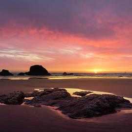 Jon Ares - Sunset at Ruby Beach