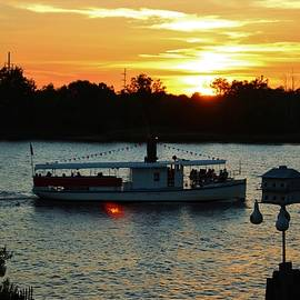 Cynthia Guinn - Sunset Cruise