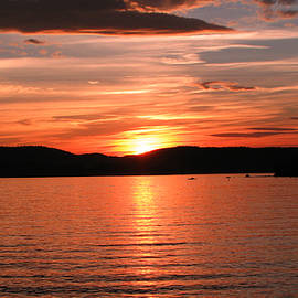 Sunset-lake Waukewan 1 by Michael Mooney