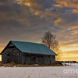 Jukka Heinovirta - Sunset On The Snowy Fields