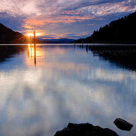 Idaho Scenic Images Linda Lantzy - Sunset on Wolf Lodge Bay
