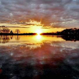 Scott Hufford - Sunset over the Danvers River