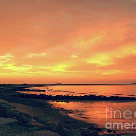 Mary Ann Weger - Sunset Paradise