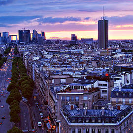 Nikolyn McDonald - Sunset - Paris - France