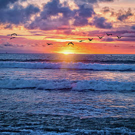 Lynn Bauer - Sunset Surf in Ventura