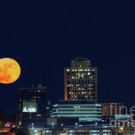 Super Moon 12-3-2017 by Charles Hite