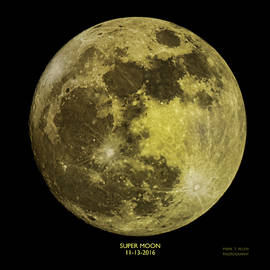 Super Moon by Mark Allen