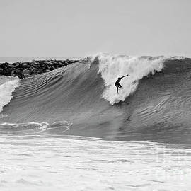 Surf's Up Bw by Eddie Yerkish