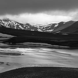 Svartikrokur Flood Plain Iceland 1483 by Bob Neiman
