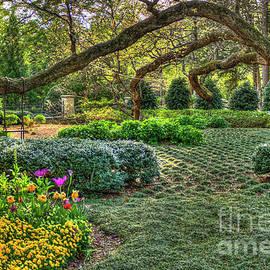 Reid Callaway - Swing Swing Swung 2 Atlanta Buckhead Garden Art