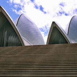 Sydney Opera House by Jerry Griffin