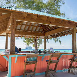 Rene Triay Photography - Bar in Paradise