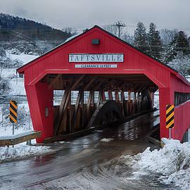 Jeff Folger - Taftsville covered bridge in winter