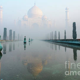 Taj Mahal at Sunrise 01 by Werner Padarin