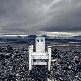 Take A Seat Iceland - Edward Fielding