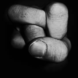 Nicklas Gustafsson - Tangled fist