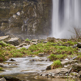 Taughannock Falls Base by Stephen Stookey