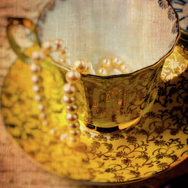Garry Gay - Tea Cup With Pearls