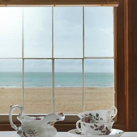 Amanda Elwell - Teacups In The Window