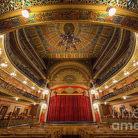 Inge Johnsson - Teatro Juarez Stage