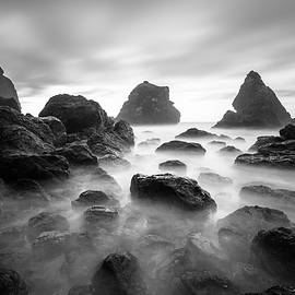 Lee Harland - Tepona Point In Black And White