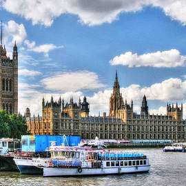 Thames River In London by Mel Steinhauer