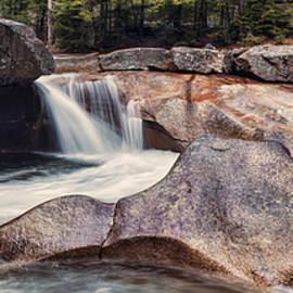 The Basin Pano by Heather Applegate