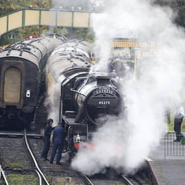 The Black Five steam locomotive 45379 by Tony Mills